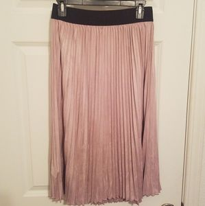 Mauve Suede-like Pleated Midi Skirt NWT